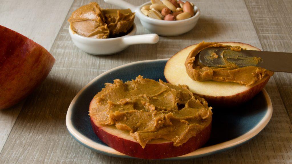 Tartine au beurre de cacahuète un des meilleurs petit déjeuner sportif !